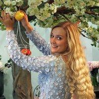 девичьи лики про яблочко :: Олег Лукьянов