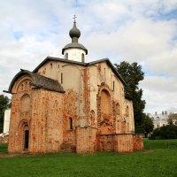 В Новгород. :: tatiana