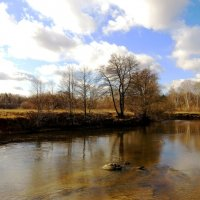 Мелководный участок реки :: Андрей Снегерёв