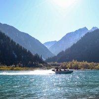 Иссыкское озеро :: Rada