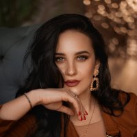 Женский портрет :: Таня Турмалин