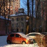 Разноцветная снежная зима :: Марина Кушнарева
