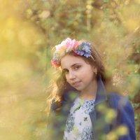 Весенний портрет за городом :: Валерий Фролов