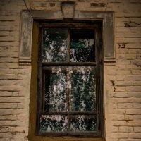 окно старого дома :: павел бритшев
