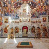 Общий вид иконостаса Храма св. князя Владимира :: Анатолий Шумилин