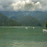 Озеро Рица :: Олег Рыбалко