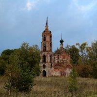 Церковь Николая Чудотворца в Кузьмино :: Юрий Моченов