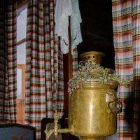 Самовару 150 лет, из него сейчас  пьют чай! :: Сергей и Ирина Хомич