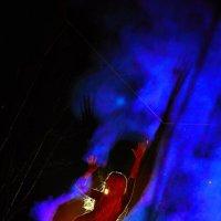 Оля,костер,дым,огонь. :: Zefir58 Verx