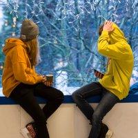 Две девицы на катке... :: Vlaimir