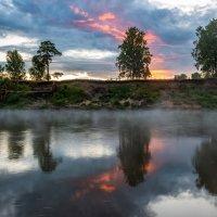 Утро на реке :: Виктор