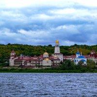 Свято-Богородичный Казанский мужской монастырь, с. Винновка :: IURII