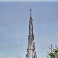 Эйфелева башня в  г.Чебоксары летом. :: Юрий Ефимов