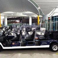 транспорт передвижения в аэропорту :: Светлана Баталий