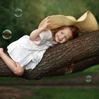 Детство, лето, пузыри :: Виктория Иванова