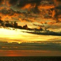 Изумрудный закат. :: игорь кио