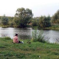 У озера :: Galina Solovova