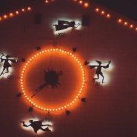 Сказочные часы на кукольном театре :: Андрей Киселев