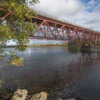 Старый финский мост через Вуоксу :: Наталья Левина