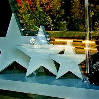 Сияли три звезды в витрине :: Евгений  Второй