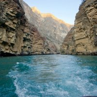 Прогулка на катере по Сулакскому каньону :: Дмитрий Сарманов