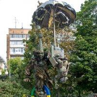 Фонтан  клоуны на цветном Бульваре. :: Юрий Борзов