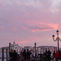 Венеция. Вечер 04.02.2020. Закат. :: Надежда Лаптева