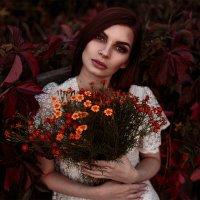 Девушка с цветами :: Max Flynt