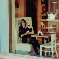 Утро в кафе :: Оксана Денина