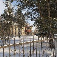 Вид на здание районной библиотеки им А.С.Пушкина. :: Марина Никулина