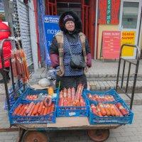 Рынок Лесной :: Олег