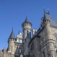 Башни неоготического замка Гарибальди.... :: Наталья Меркулова