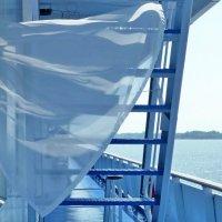 По палубе гулял легкий ветерок :: Raduzka (Надежда Веркина)