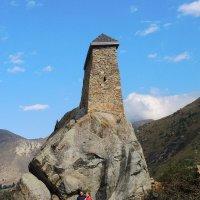 Сторожевая башня Амирхан-Кала. Верхняя Балкария. :: Александр
