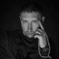 Ещё один автопортрет. :: Игорь Чичиль