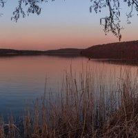 Jezioro :: Janusz Wrzesień