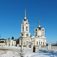 Знаменский храм в селе Комлево :: Евгений Кочуров