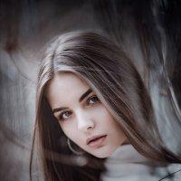 Её личный свет :: Сергей Пилтник