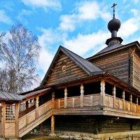 Церковь Вознесения в селе Воскресенское :: Евгений Кочуров