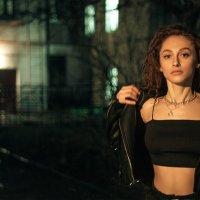 Ночной портрет девушки :: Max Flynt