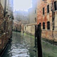 Вот какие есть уголки в Венеции...  в  журналах не увидеть... :: ВЛАДИМИР К.