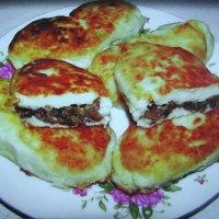 Зразы картофельные с грибами :: sm-lydmila Смородинская