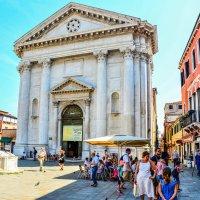 Церковь Санта Барнаба в Венеции :: Eldar Baykiev