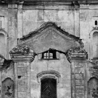 Ворота в 300 лет назад :: M Marikfoto