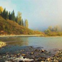 Утро у реки :: Сергей Чиняев