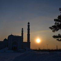 Восточный закат.... :: Андрей Хлопонин