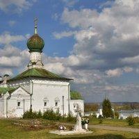 В Свято-Троицком Даниловском монастыре Переславля Залесского :: Olcen Len