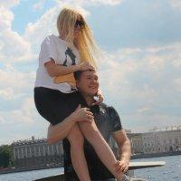 Своя ноша не тянет... :: Tatiana Markova