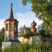 Церковь Николая Чудотворца в Пыскоре :: Алексей Сметкин