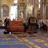 С явлением иконы Пресвятой Богородицы во граде Казани. :: Татьяна